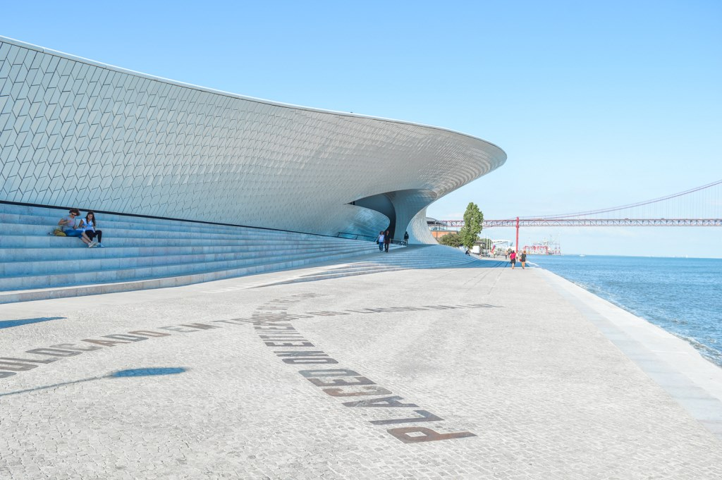 The MAAT museum along the Tagus River