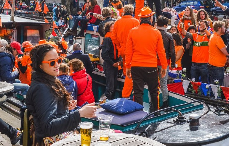 Guide to King's Day in Amsterdam