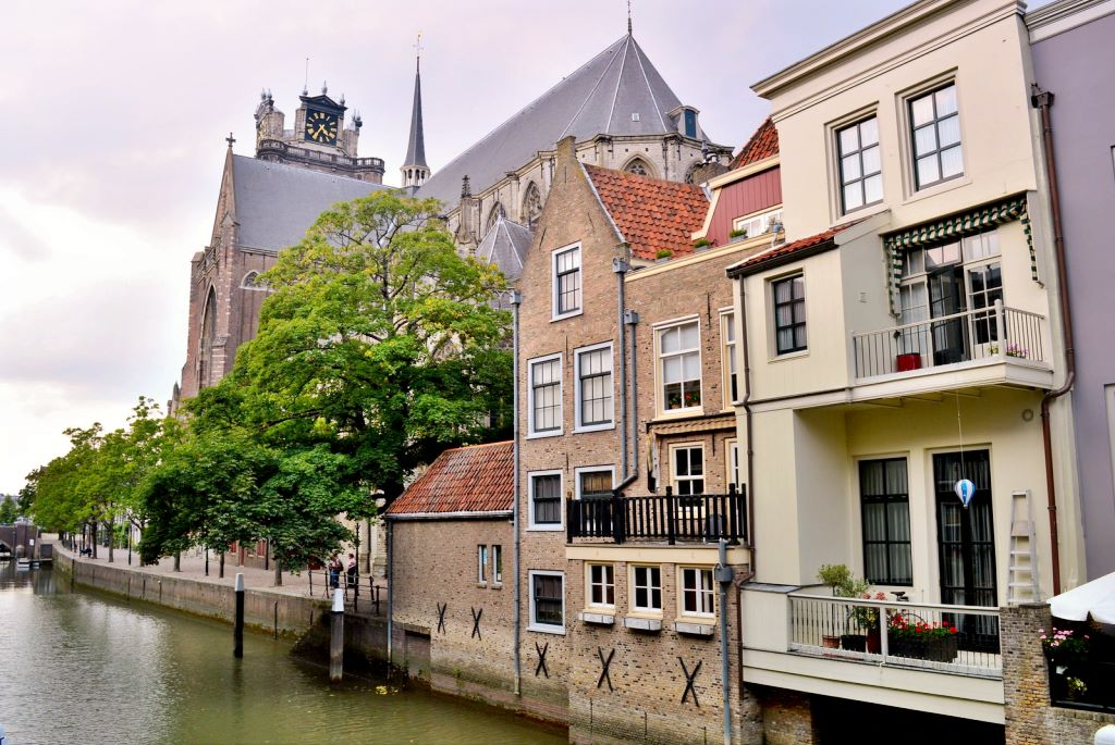 As the oldest city in Holland, Dordrecht has a historic town center