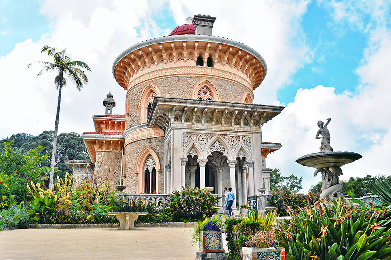 The Story Behind the Monserrate Palace: From Abandoned Ruins to Literary Romance