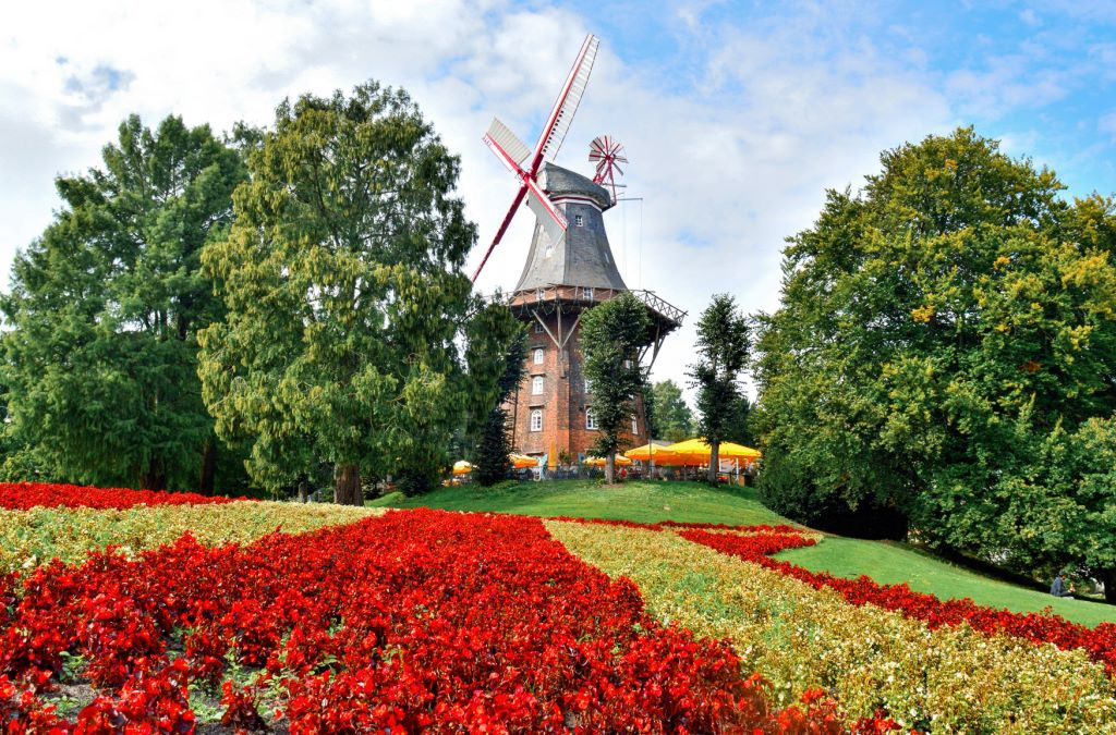 THE WINDMILL IN WALLANLAGEN PARK