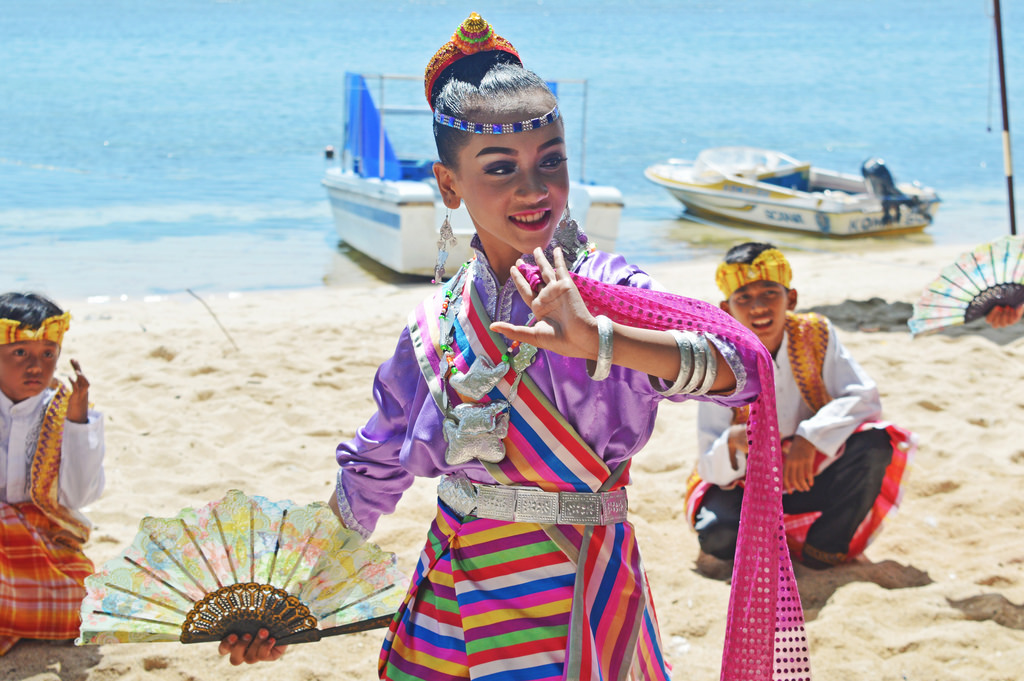 Every Indonesian island community has their own traditional dances.