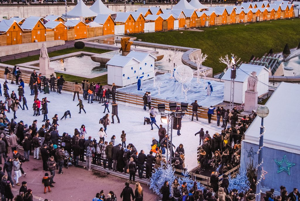 The ice rink near the Eiffel Tower