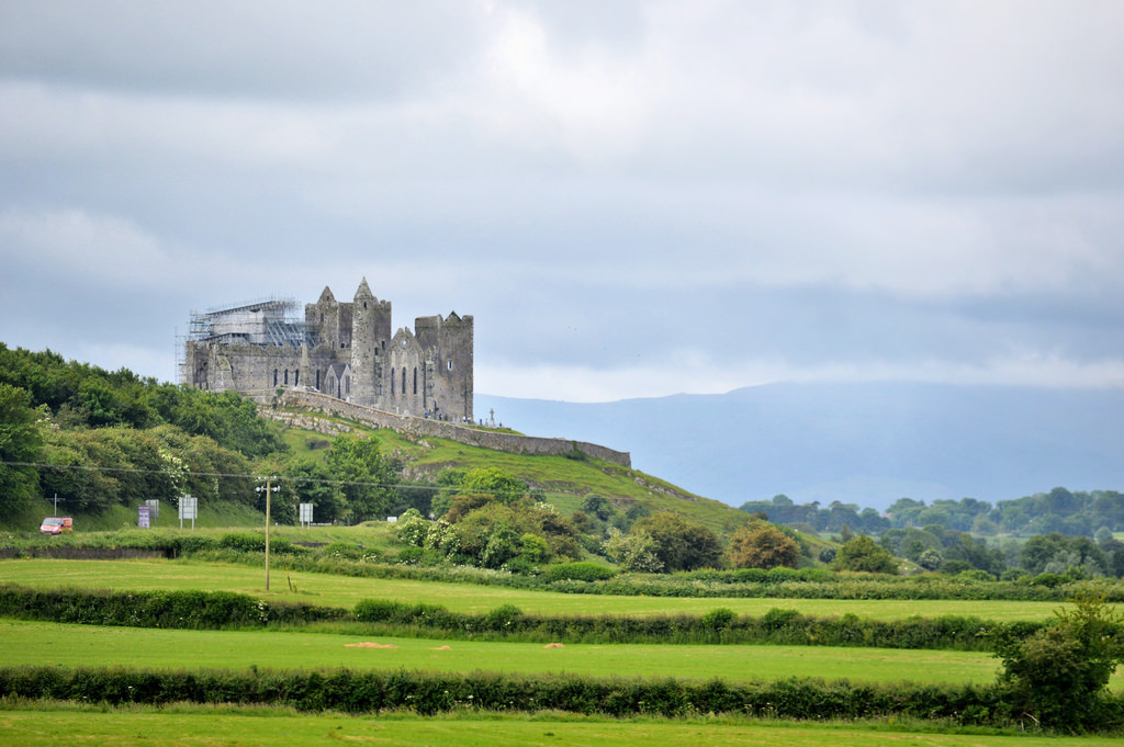 Rock of Cashel: the most beautiful ruin in Ireland