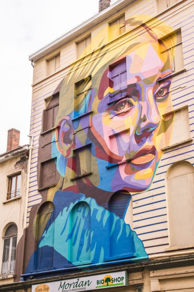 Colourful mural in Ostend by Dourone