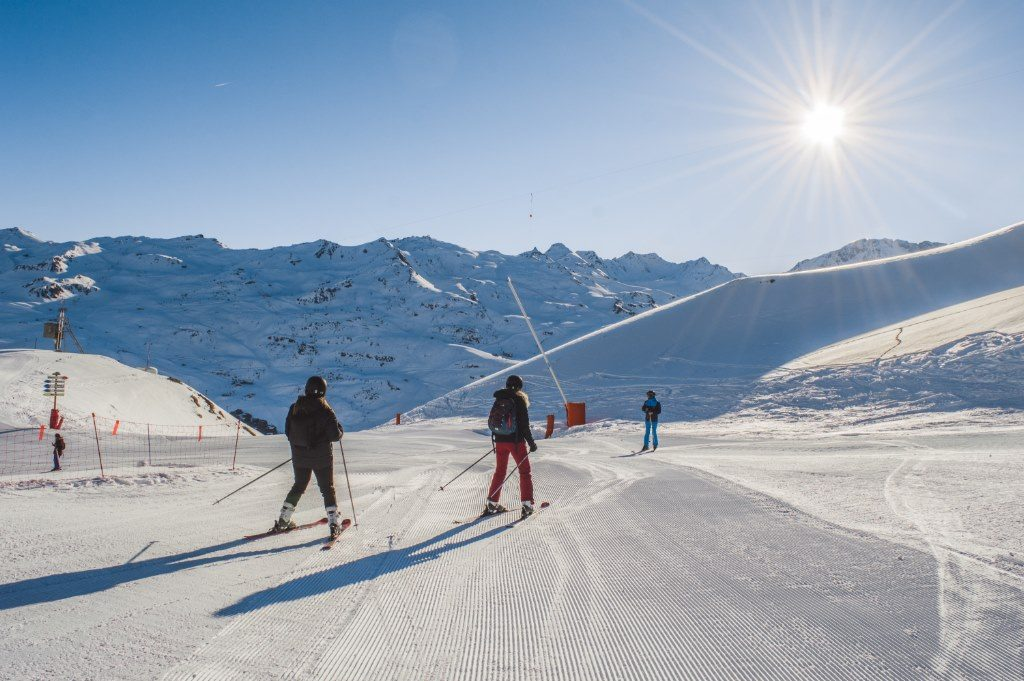 Skiing First Track in Les Menuires means you're one of the first ones on the slopes.